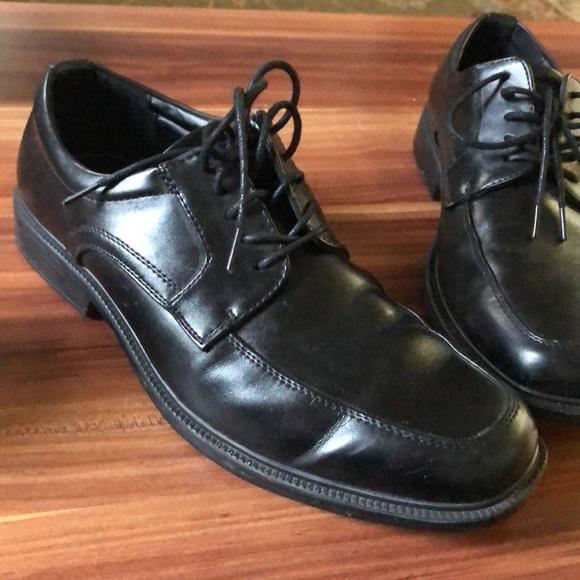 Van Heusen Men's Dress Shoes Black Memory Foam